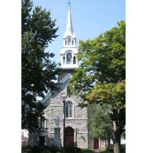 Église Valcourt, paroisse Sainte-Famille de Valcourt