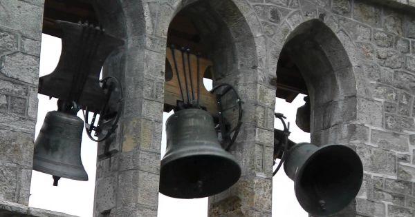 Les églises ont sonné le glas