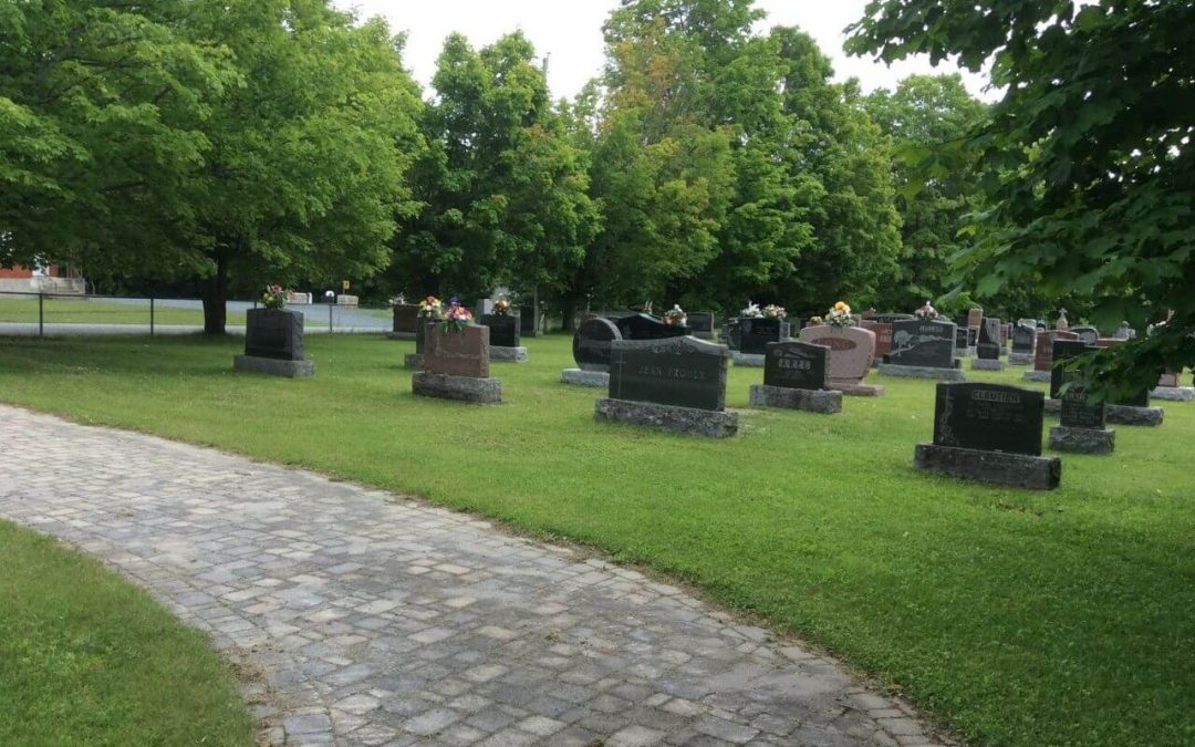 Messe au cimetière de Maricourt